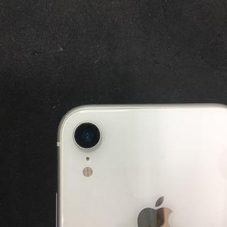 【iPhoneXRのバックカメラのカバーガラス割れ】